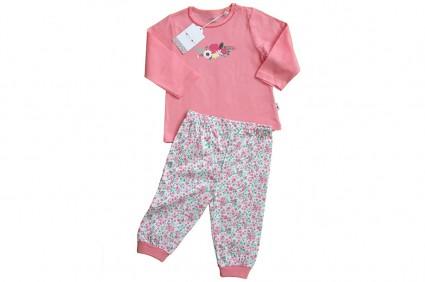 Long sleeve pajamas for a girl