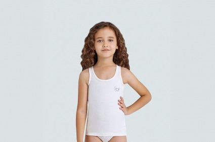 Tunic for a girl
