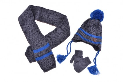 Set with hat, scarf and boy gloves