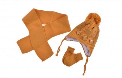 Комплект с шапка, шал и ръкавици момиче