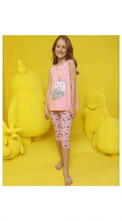 Пижама момиче