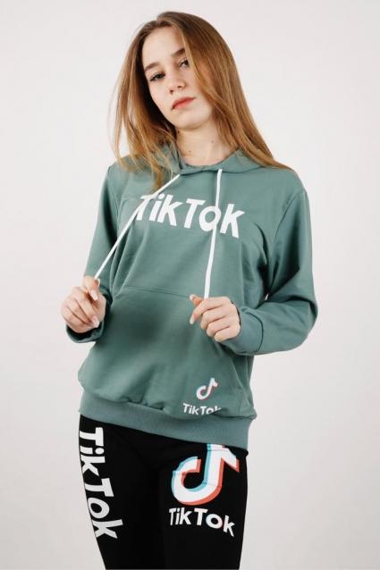 Sweatshirt girl